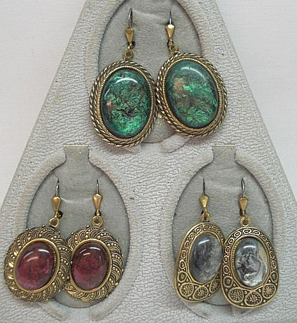 Ohrringe - Imitat - mit verschiedenen Steinen