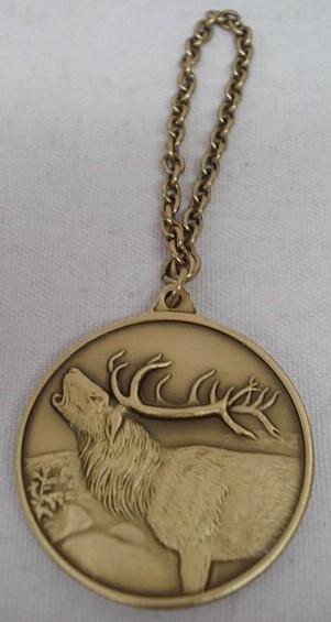 Jagdmedaille Hirsch - bronze - 40 mm, Ring und Öse
