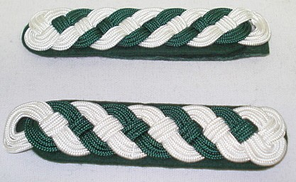 Schultergeflecht 9-bogig - weiß/grün,Schützenmeister